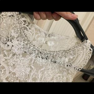 Beautiful full length Lace wedding gown!